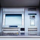 Cajero automático de la atmósfera - máquina del cajero automático Imágenes de archivo libres de regalías