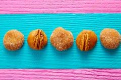 Cajeta焦糖墨西哥糖果甜点胡桃 图库摄影
