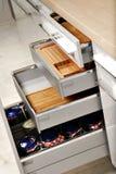 Cajones elegantes de la cocina Foto de archivo libre de regalías
