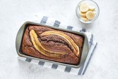 Cake à la banane de chocolat photos stock