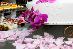Cake 2 van het huwelijk Stock Afbeeldingen