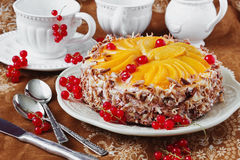 Cake with apricots and red currant Royalty Free Stock Images