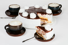 Cake with cappuccino Royalty Free Stock Images