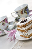 Cake and cups of tea Royalty Free Stock Photography