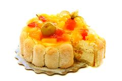 Cake with curd cream and fruit. Royalty Free Stock Photos