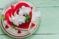 Cake in the form of heart Royalty Free Stock Images