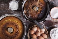Cake in form with ingredients Royalty Free Stock Photography