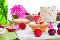Cake with fresh fruits decoration Royalty Free Stock Photo