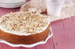 Cake med moroten royaltyfri bild