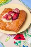 Cake met aardbeien Stock Foto's