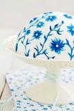 Cake met geschilderde bloemen Stock Afbeelding