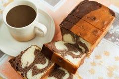Cake met koffie stock afbeelding