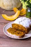 Cake met pompoen Royalty-vrije Stock Foto's