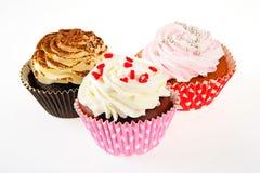 Cake met Room, Cupcake op Witte Achtergrond royalty-vrije stock afbeeldingen