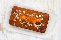 Cake met sinaasappel Royalty-vrije Stock Afbeeldingen
