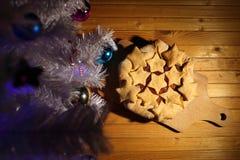 Cake met sterren op een houten achtergrond Stock Foto