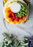 Cake met vers fruit Stock Foto's