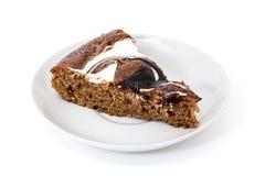 Cake op een plaat Stock Foto