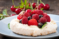 Cake Pavlova Royalty Free Stock Photo