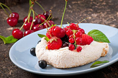 Cake Pavlova Stock Photos