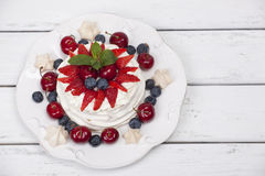 Cake Pavlova meringue Royalty Free Stock Photos