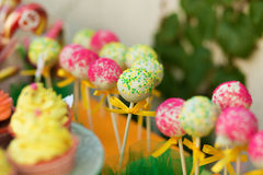 Cake pops in the candy bar Royalty Free Stock Photos