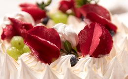 Cake with rose petals royalty free stock photos