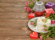 Cake and roses Royalty Free Stock Photo