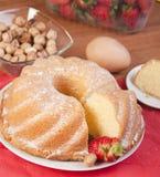 cake skivad jordgubbe Arkivbild