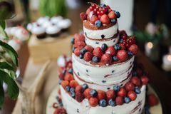 Cake with strawberry and blueberries stock photography