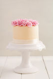 Cake with sugar roses Royalty Free Stock Photography