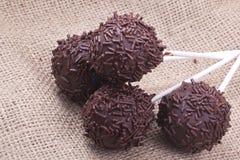 Cakepops dello sprincle del cioccolato Fotografia Stock