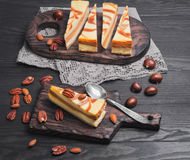 Cakes Cheesecake caramel nut Royalty Free Stock Images