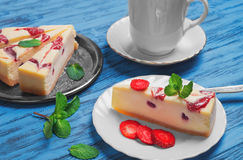 Cakes Cheesecake strawberry Stock Image