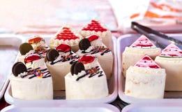 Cakes driehoekige stukken Stock Afbeelding
