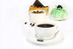 Cakes en koffie Royalty-vrije Stock Foto