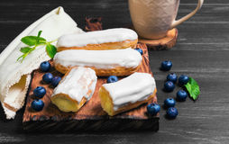 Cakes French eclairs Royalty Free Stock Photography