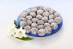 Cakes with grated coconut Royalty Free Stock Images