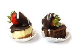 Cakes met aardbei Stock Foto