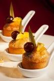 Cakes met kers royalty-vrije stock afbeelding
