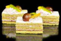 Cakes met vruchten Stock Foto