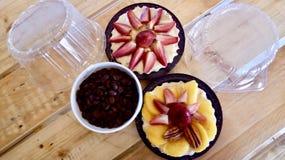 Cakes om een goed dessert te proeven stock fotografie
