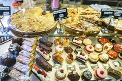 Cakes in Patisserie royalty-vrije stock foto's