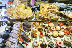 Cakes in Patisserie Royalty Free Stock Photos