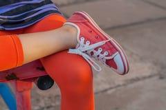 Calçados para a menina Fotos de Stock Royalty Free