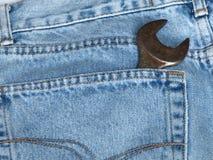 Calças de brim bolso e chave Imagens de Stock