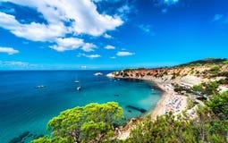 Cala d'Hort海滩伊维萨岛 免版税库存照片