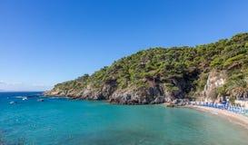 Cala degli Schiavoni :Tremiti海岛,亚得里亚海,意大利 库存图片