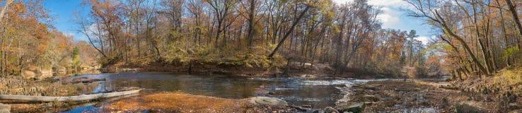 Cala del oso, un río de la montaña en Appalachia Fotos de archivo