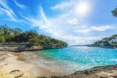 Cala Dor strand bij Cala D 'of stad, Palma Mallorca Island, Spanje royalty-vrije stock foto's